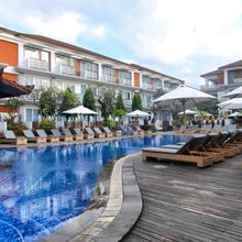 Sol House Bali Kuta By Melia Hotel International in Kuta