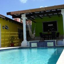 Solar Villa in Oranjestad