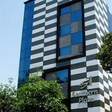 Southern Plaza in Kolkata
