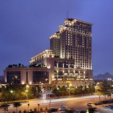 Sovereign Hotel Zhanjiang in Zhanjiang