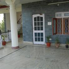 Spacious Apartments For Large Groups in Kangra
