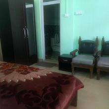 Spacious Rooms In Nainital. in Bhimtal