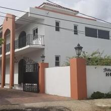 Spanish Dream Hotel in Kingston