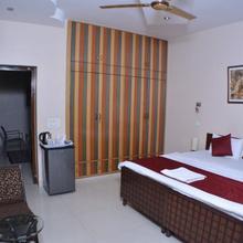 Sparsh Inn in Ghaziabad