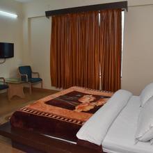 Spice Hotel in Dharda