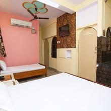 Spot On 45585 Hotel Aakash Ganga in Varanasi