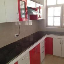 Sri Mohan Apartment, Opp Nissan/bmw Showroom in Dewa