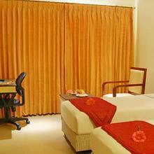 Srm Hotel in Tuticorin