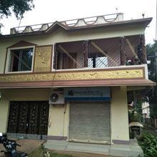 Stat Subhaa Bhaban Homestay in Sri Niketan