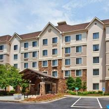 Staybridge Suites Atlanta Perimeter Ctr East in Atlanta