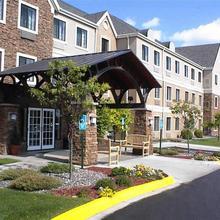 Staybridge Suites Minneapolis-maple Grove in Minneapolis
