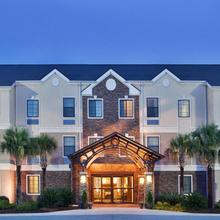 Staybridge Suites Savannah Airport - Pooler in Savannah