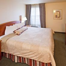 Staybridge Suites South Springfield in Springfield