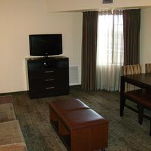 Staybridge Suites Woodland Hills in Tulsa