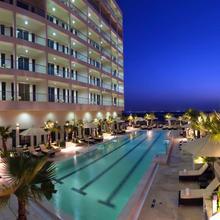 Staybridge Suites Yas Island Abu Dhabi in Abu Dhabi