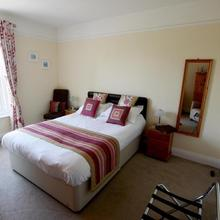Stour Lodge Guest House in Wimborne Minster