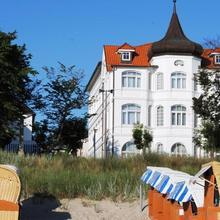 Strandhotel Binz in Stedar