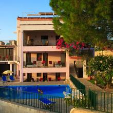 Stroubis Studios I in Chios