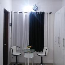 Studio Apartment in Waki