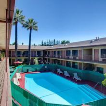 Studio City Courtyard Hotel in Los Angeles