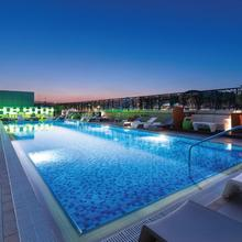 Studio M Arabian Plaza Hotel & Hotel Apartments By Millennium in Dubai