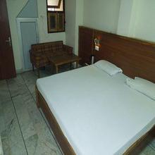 Subhash Hotel in Prayagraj