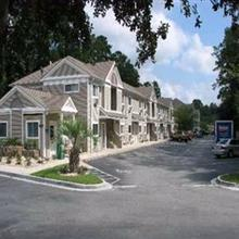 Suburban Extended Stay Hotel Abercorn in Savannah