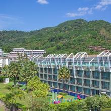 Sugar Marina Resort - Art - Karon Beach in Phuket