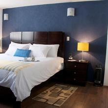 Suites Berna 12 in Mexico City