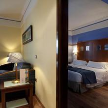 Suites Gran Vía 44 in Granada