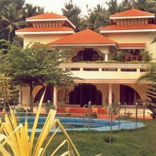 Sujarma Villa in Perumkulam