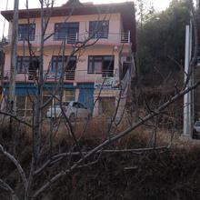 Suket homestay in Sojha