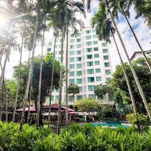 Sukhumvit 12 Bangkok Hotel & Suites in Bangkok