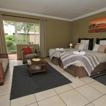 Summer Garden Guest House (urban Jungle) in Johannesburg
