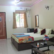 Sun N Moon Guest House in Goa