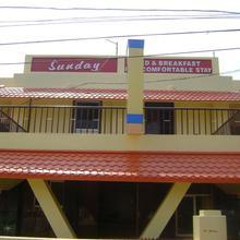Sunday Bed & Breakfast in Kovalam
