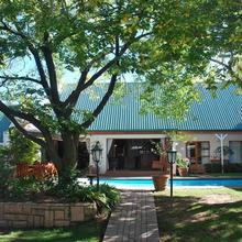Sunninghill Guest Lodges in Johannesburg
