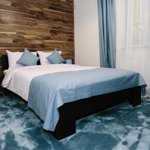Sunny Hotel in L'viv