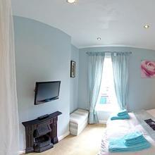 Sunny Mount Bed And Breakfast in Calverton