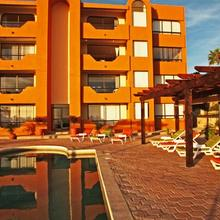 Sunrock Hotel & Residences in Cabo San Lucas