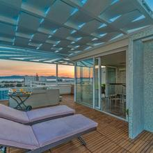 Sunset Penthouse Apartment With Jacuzzi in Zadar