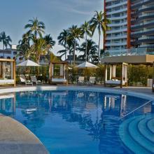 Sunset Plaza Beach Resort & Spa in Puerto Vallarta