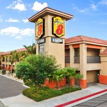 Super 8 By Wyndham Indio in Thermal