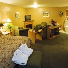Super 8 Motel - Kenora in Kenora