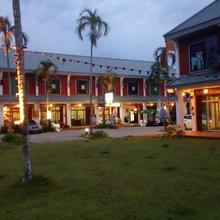 Suratthani Airport Hostel in Surat Thani