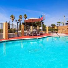 Surestay Plus Hotel By Best Western El Cajon in San Diego