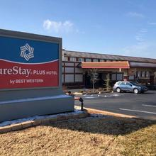 Surestay Plus Hotel By Best Western Oklahoma City North in Oklahoma City