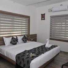 Suroor Tourist Home in Ammatti
