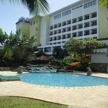 Sutanraja Hotel Manado in Manado