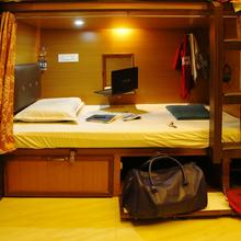 Swapnanivas A/c Dormitory in Tirupati